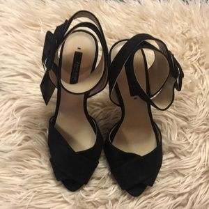 ZARA basic classic black cuff heels